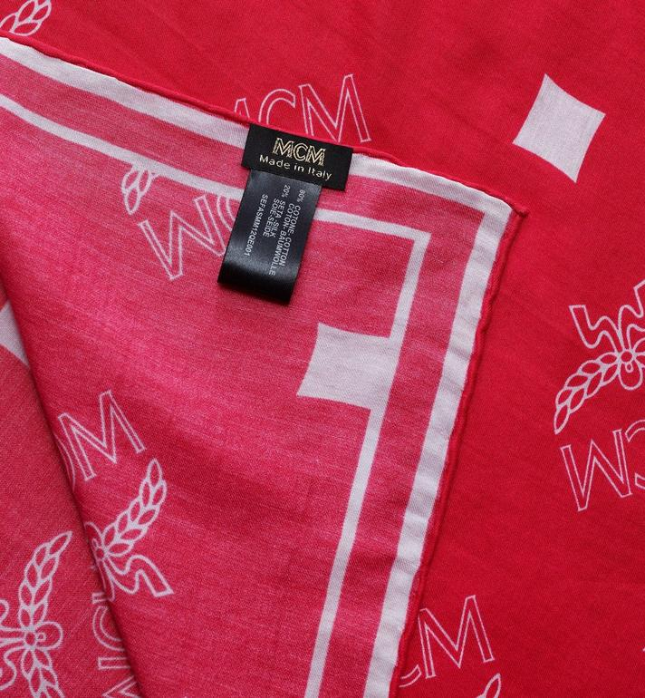 MCM Bandana-Schal mit Logo Pink MEFASMM12QE001 Alternate View 2