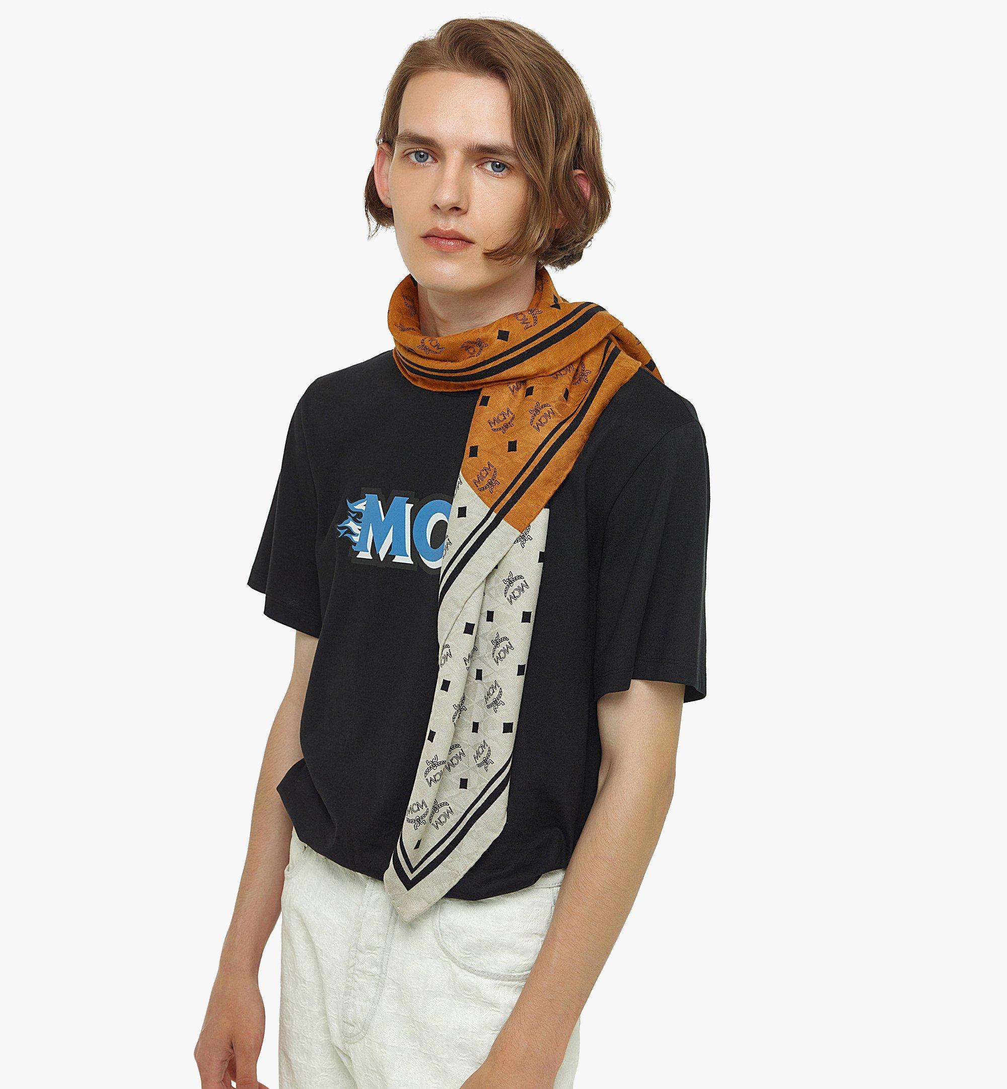MCM Halstuch aus Seide mit Monogramm Brown MEFBSMM06N4001 Noch mehr sehen 2