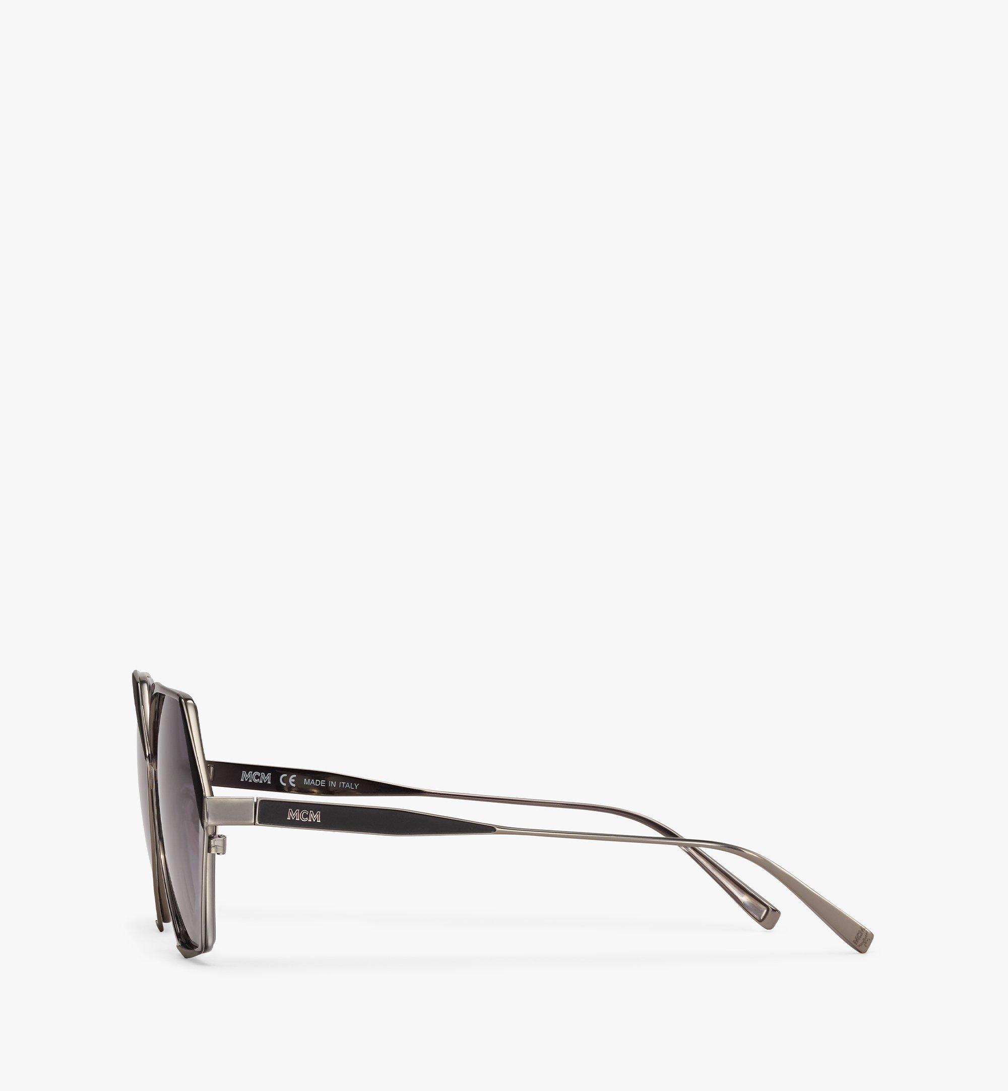 MCM 500SSonnenbrille mit geometrischem Design Grey MEGBSMM27TU001 Noch mehr sehen 1