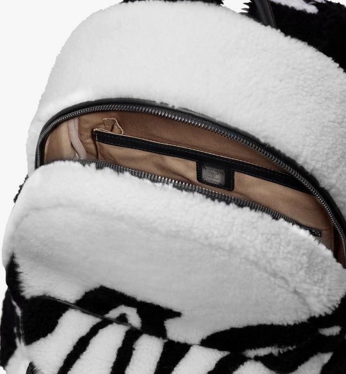 MCM Sac à dos Stark en peau de mouton avec logo contrastant  MMK9AVE17WD001 Alternate View 4