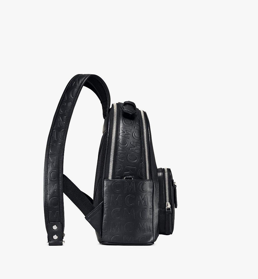 MCM Stark Rucksack aus Leder mit MCM-Monogramm Black MMKAAVE26BK001 Noch mehr sehen 1