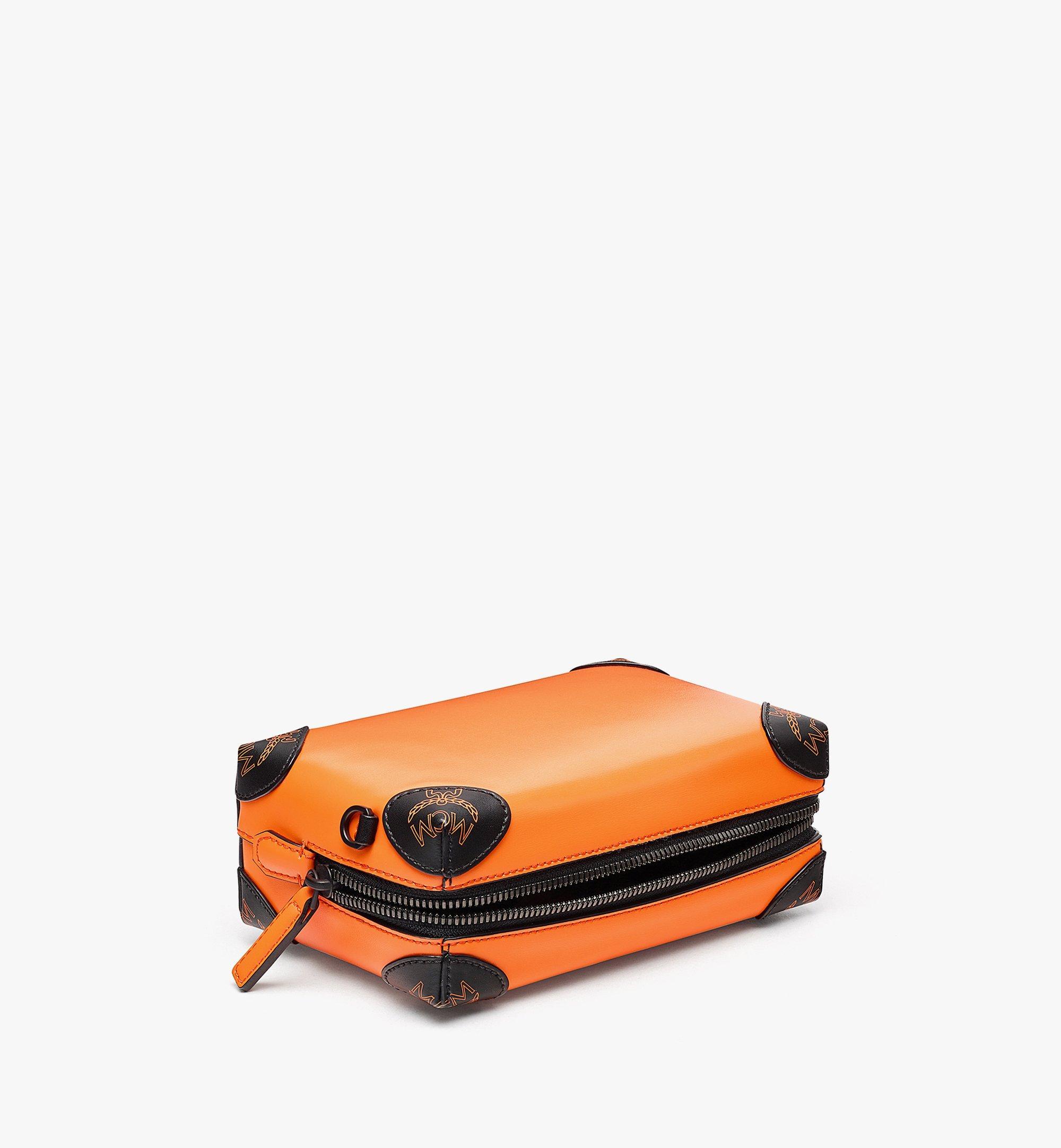 MCM SoftBerlin Crossbody-Tasche aus spanischem Leder Orange MMRBABF01O9001 Noch mehr sehen 2