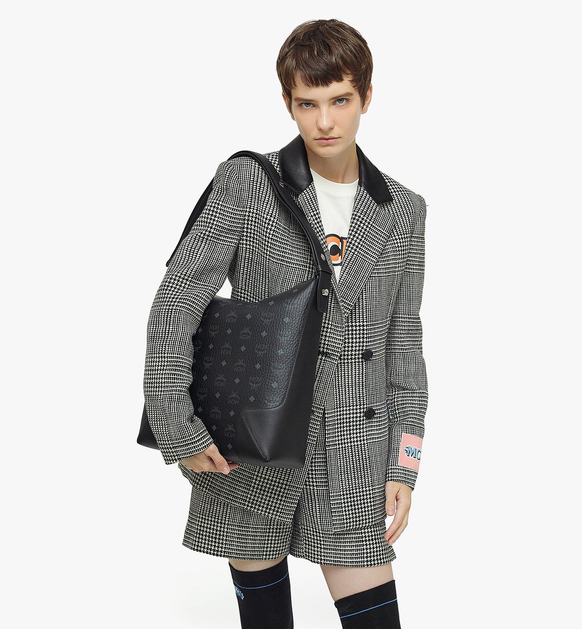 MCM Klara Hobo-Tasche in Visetos Black MWHBSKM01BK001 Noch mehr sehen 2
