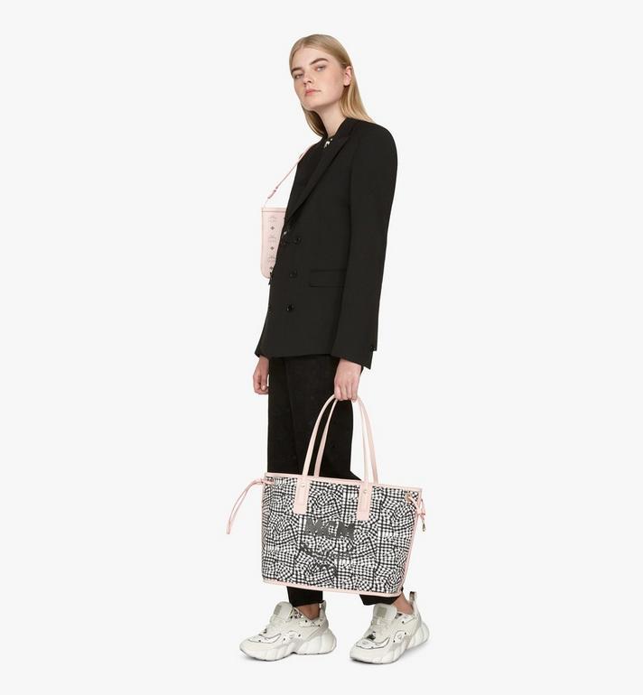 MCM Liz Reversible Shopper in Visetos Pink MWP7AVI22QH001 Alternate View 9