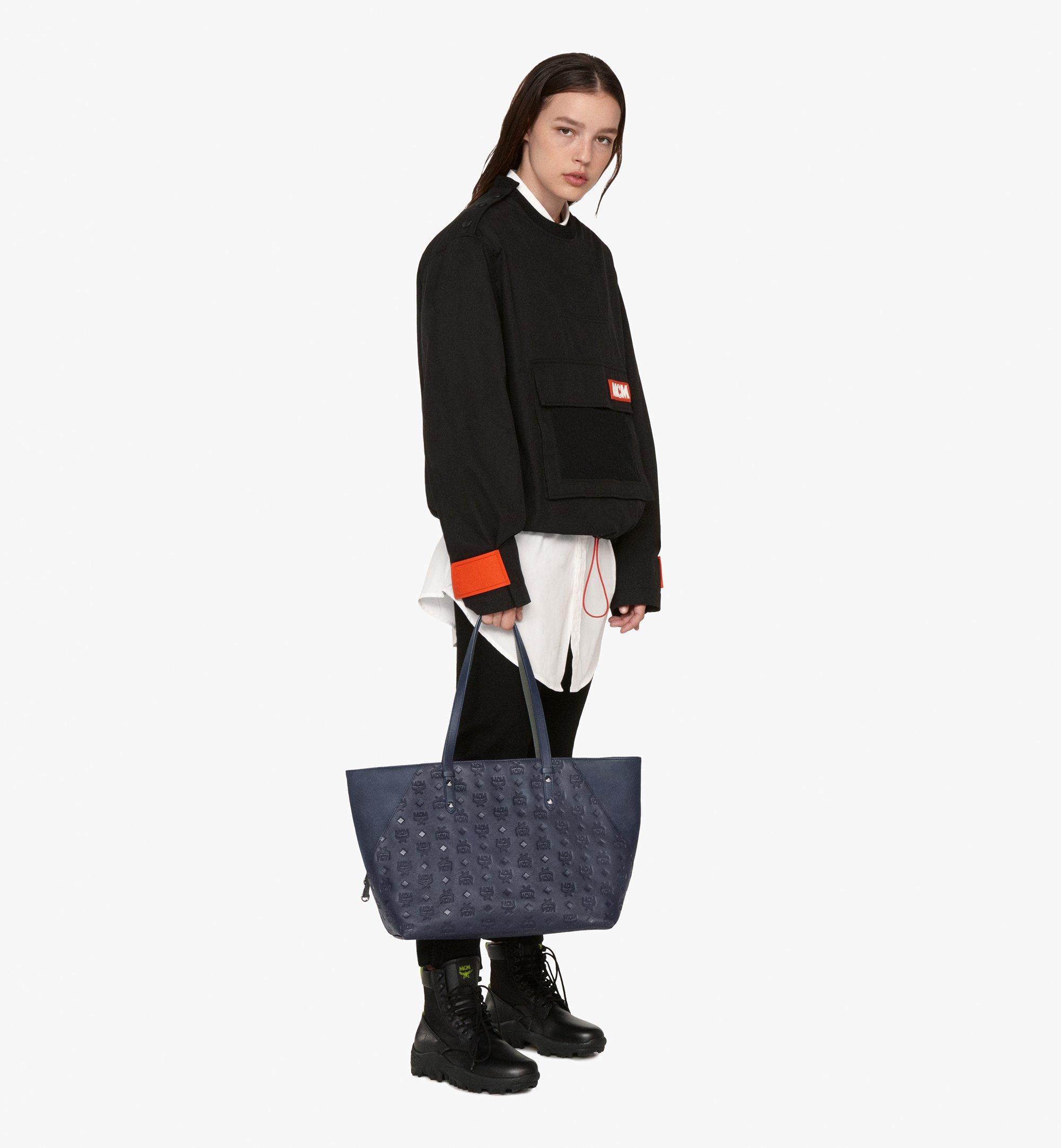 Medium Klara Monogram Shopper in Leather Navy Blue | MCM® DE