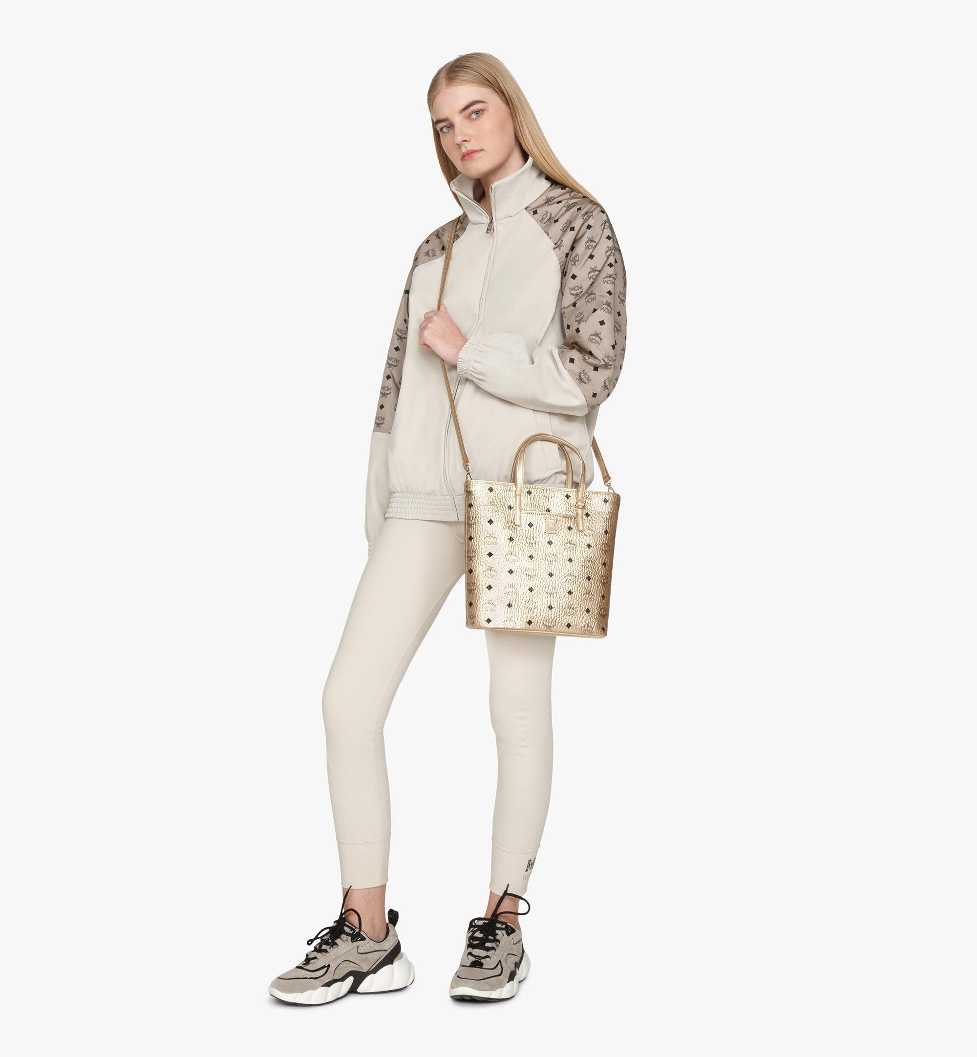 Small Anya Shopper in Visetos Berlin Gold   MCM® DE
