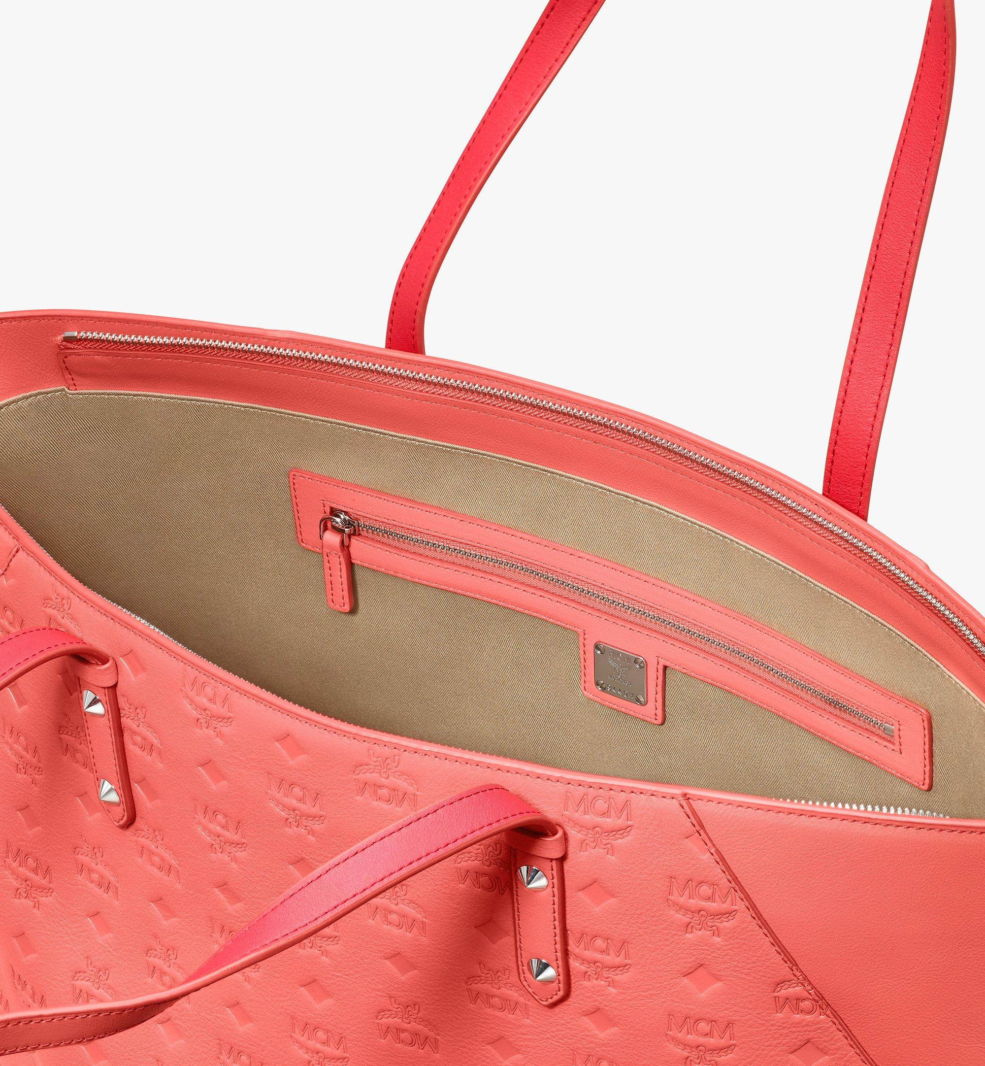 Medium Klara Shopper in Monogram Leather Hot Coral | MCM® DE