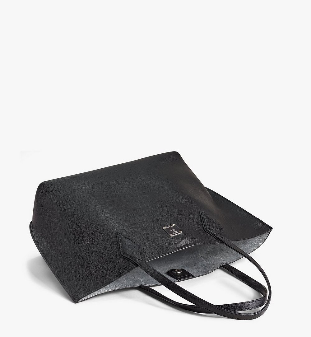 MCM Yris Shopper in Tani Leather Black MWPAAYS01BK001 Alternate View 2