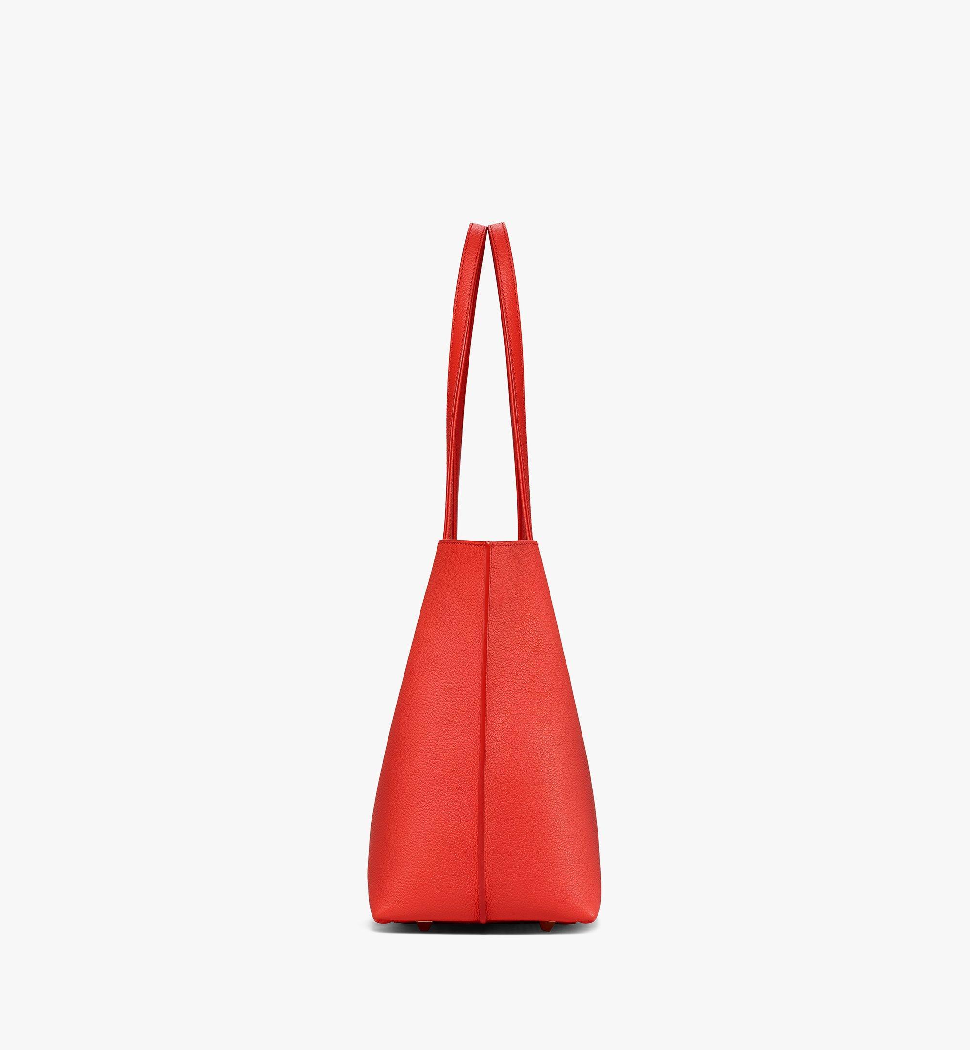 MCM Yris Tani 皮革購物袋 Red MWPBSYS01R8001 更多視圖 1