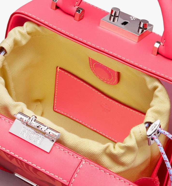 MCM Weiche E/W Berlin Crossbody-Tasche mit Hologramm Pink MWRASBF03QE001 Alternate View 3