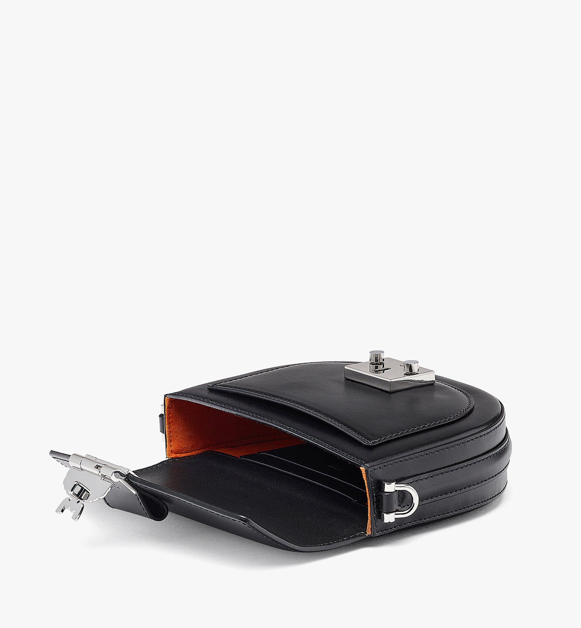 MCM Patricia Crossbody-Tasche aus geprägtem spanischen Leder Black MWRBAPA01BK001 Noch mehr sehen 2