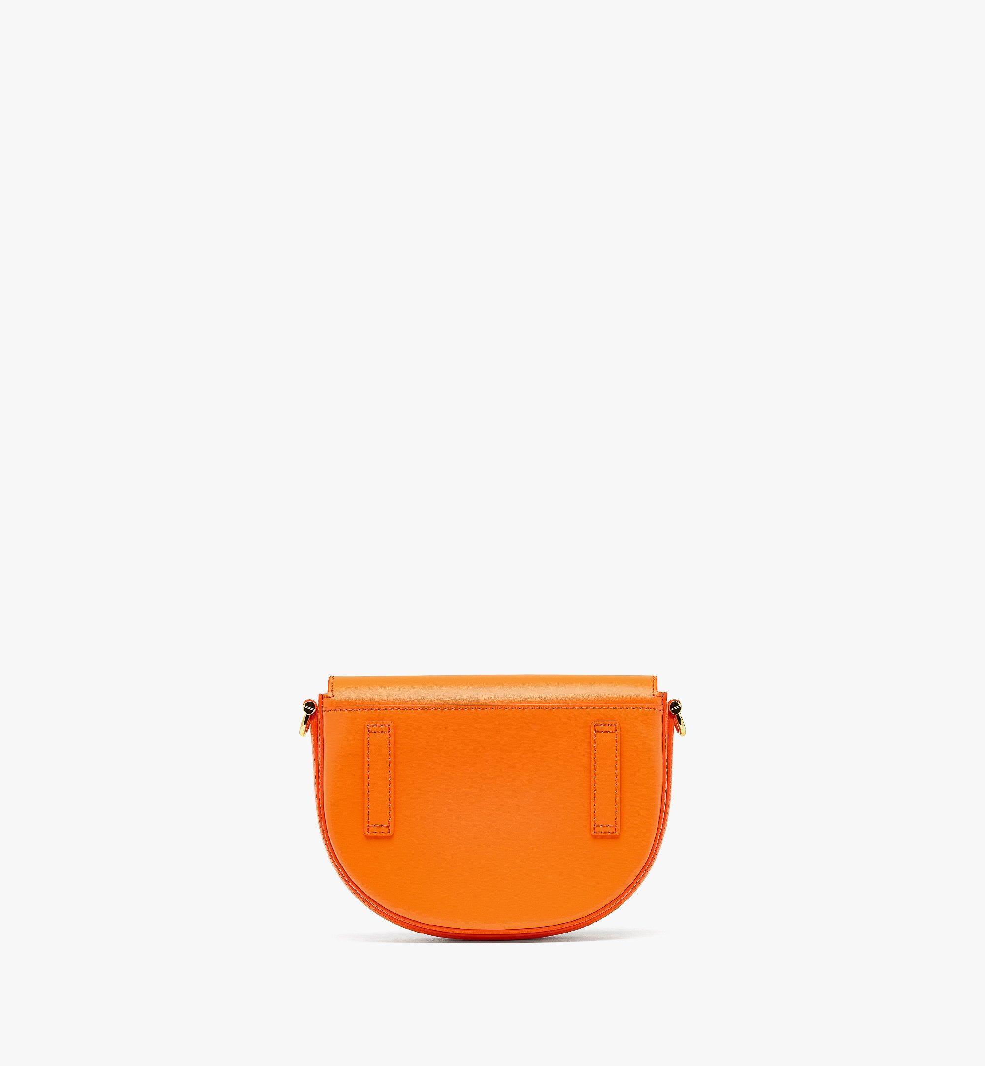 MCM PatriciaCrossbody-Tasche aus geprägtem spanischen Leder Orange MWRBAPA01O9001 Noch mehr sehen 3