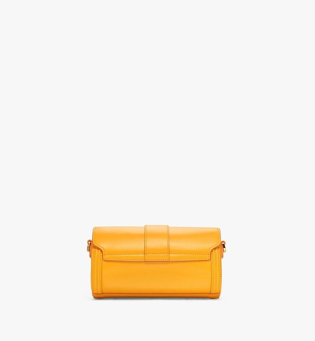 MCM Tracy Crossbody-Tasche aus geprägtem spanischen Leder Yellow MWRBSXT02Y2001 Noch mehr sehen 3