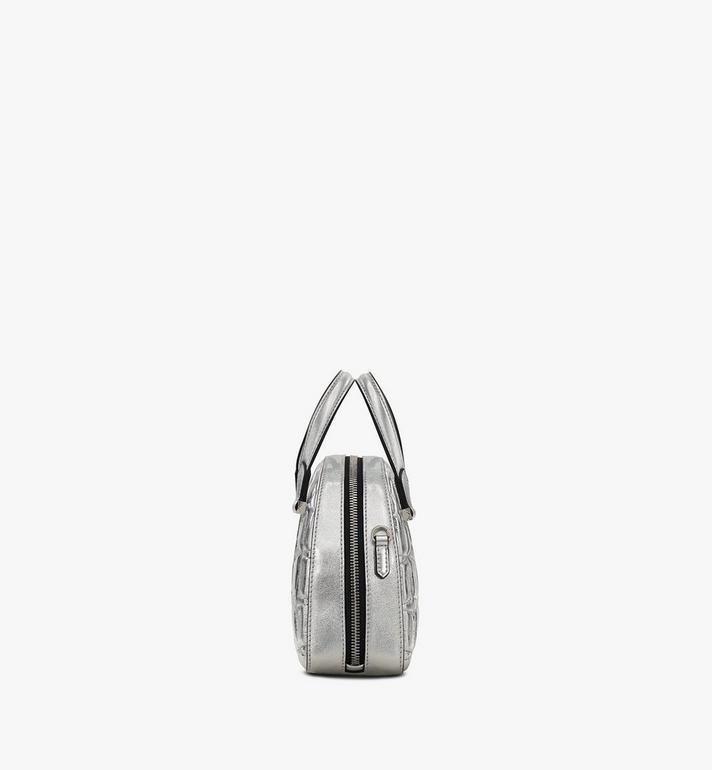 MCM Essential Tragetasche aus Metallicleder mit Rautenmuster in Form eines Halbmonds Silver MWTASSE11SA001 Alternate View 2