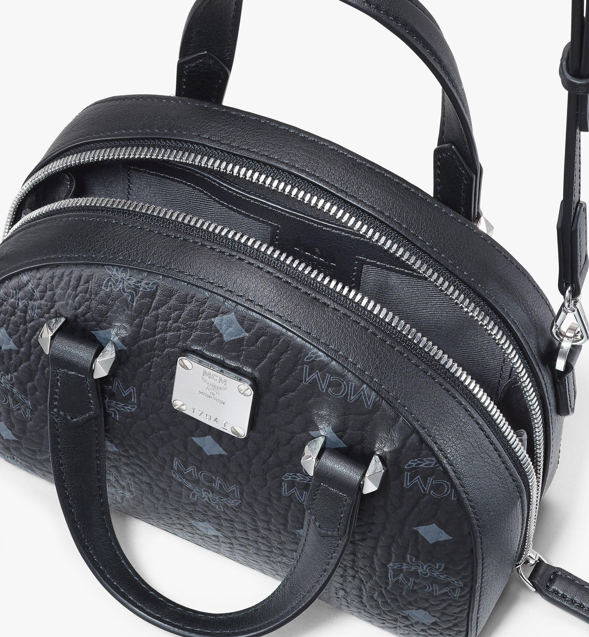 MCM 〈エッセンシャル〉ハーフムーン トートバッグ - ヴィセトス オリジナル Black MWTASSE20BK001 ほかの角度から見る 3