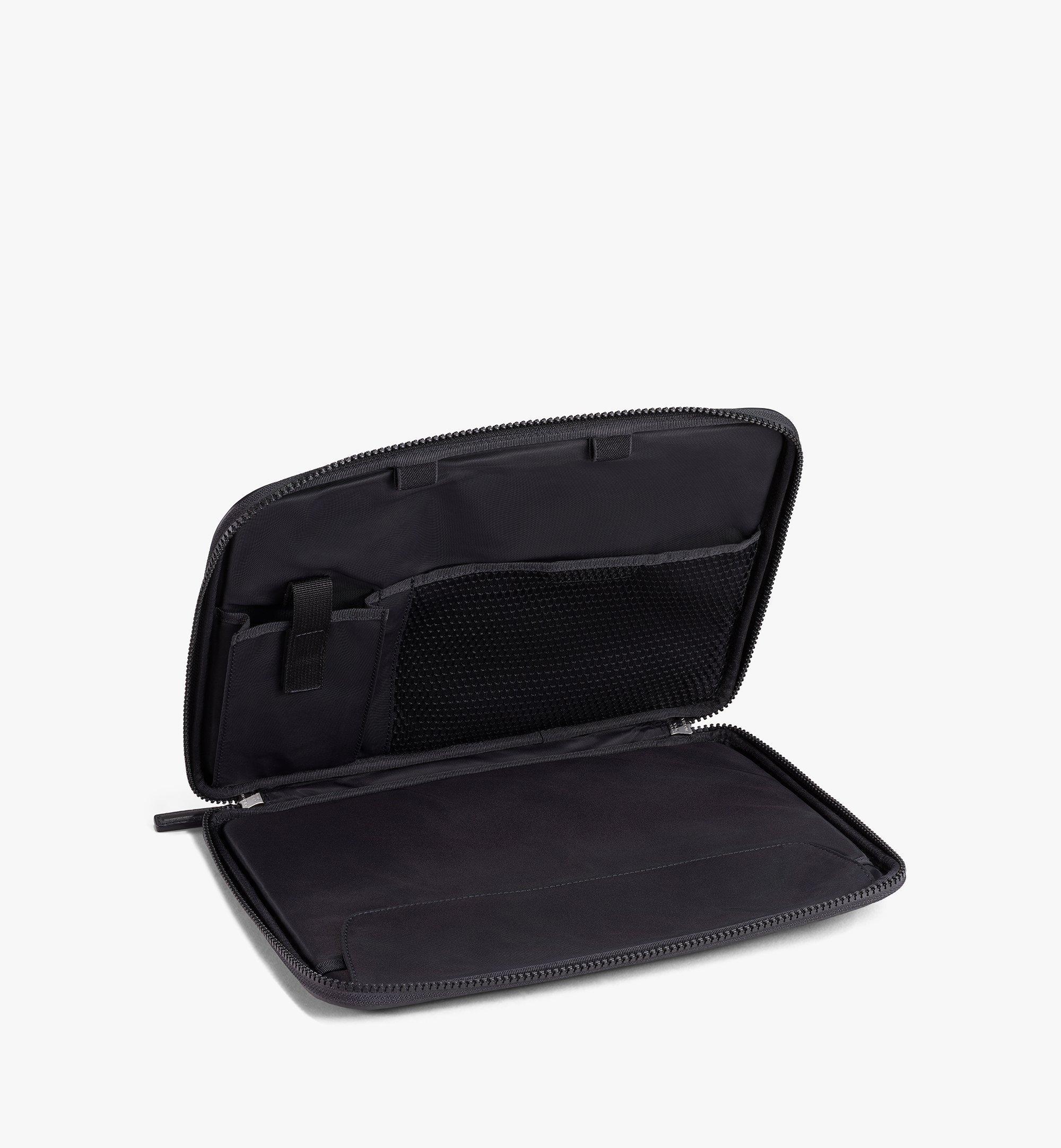 MCM Visetos Original 13 吋 iPad 保護套 Black MXEAAVI03BK001 更多視圖 1