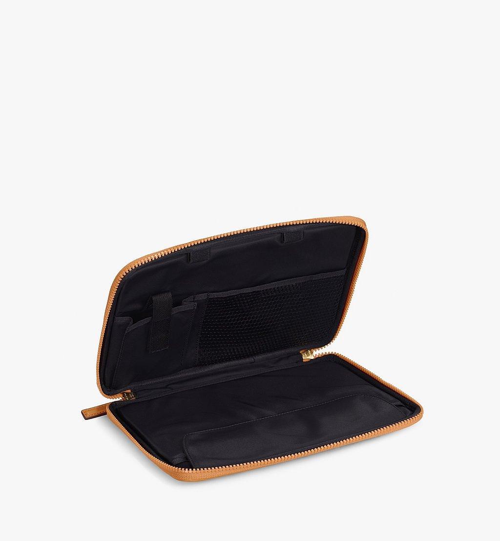 MCM 11-Zoll-iPad-Hülle in Visetos Original Cognac MXEAAVI04CO001 Noch mehr sehen 1