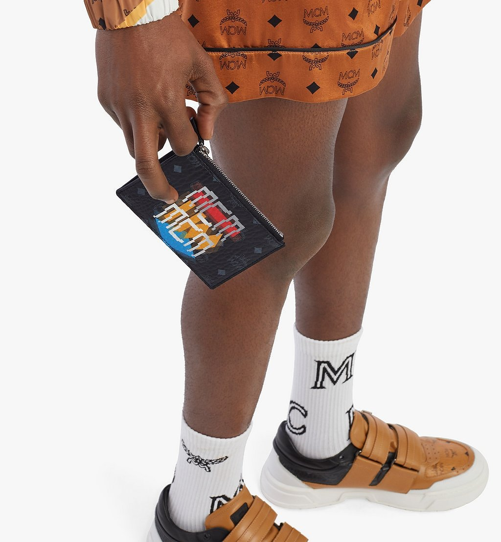 MCM Pouch mit Schlüsselanhänger in Geo Graffiti Visetos Black MXKBSSX01BK001 Noch mehr sehen 2