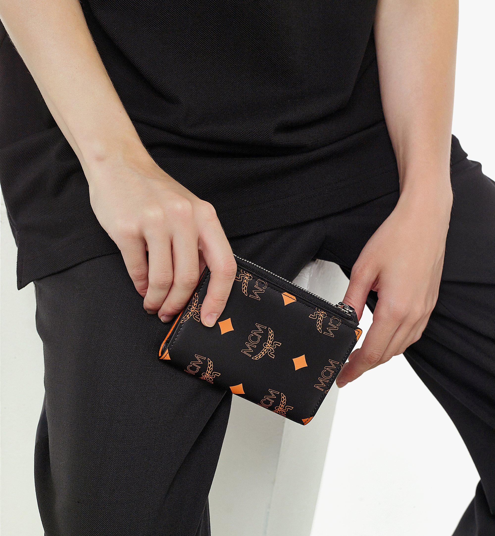 MCM 二つ折りカードウォレット - カラースプラッシュ ヴィセトス Orange MXSBASX02O9001 ほかの角度から見る 2