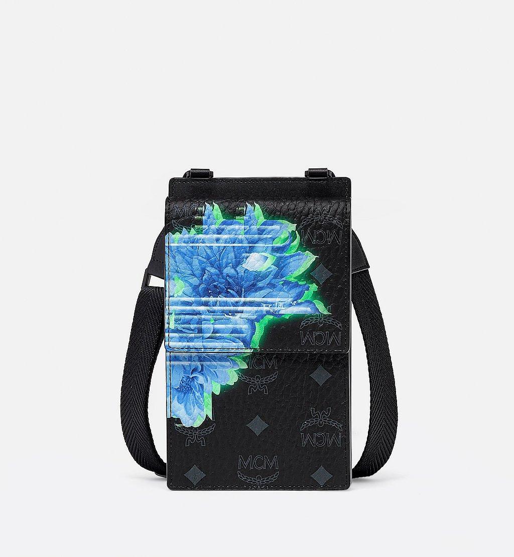 MCM Crossbody-Smartphonehülle in Tech Flower Visetos Black MXZBSSX03BK001 Noch mehr sehen 1
