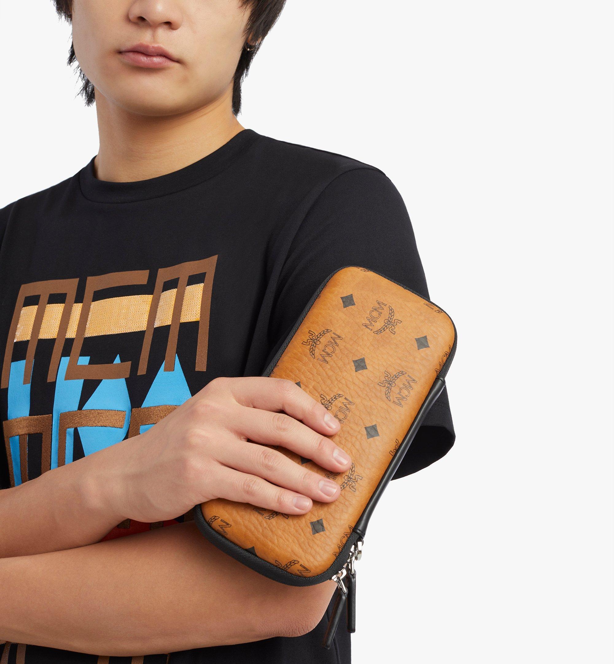 MCM Etui für Spielkonsole mit Handgelenksband Cognac MXZBSVI16CO001 Noch mehr sehen 2