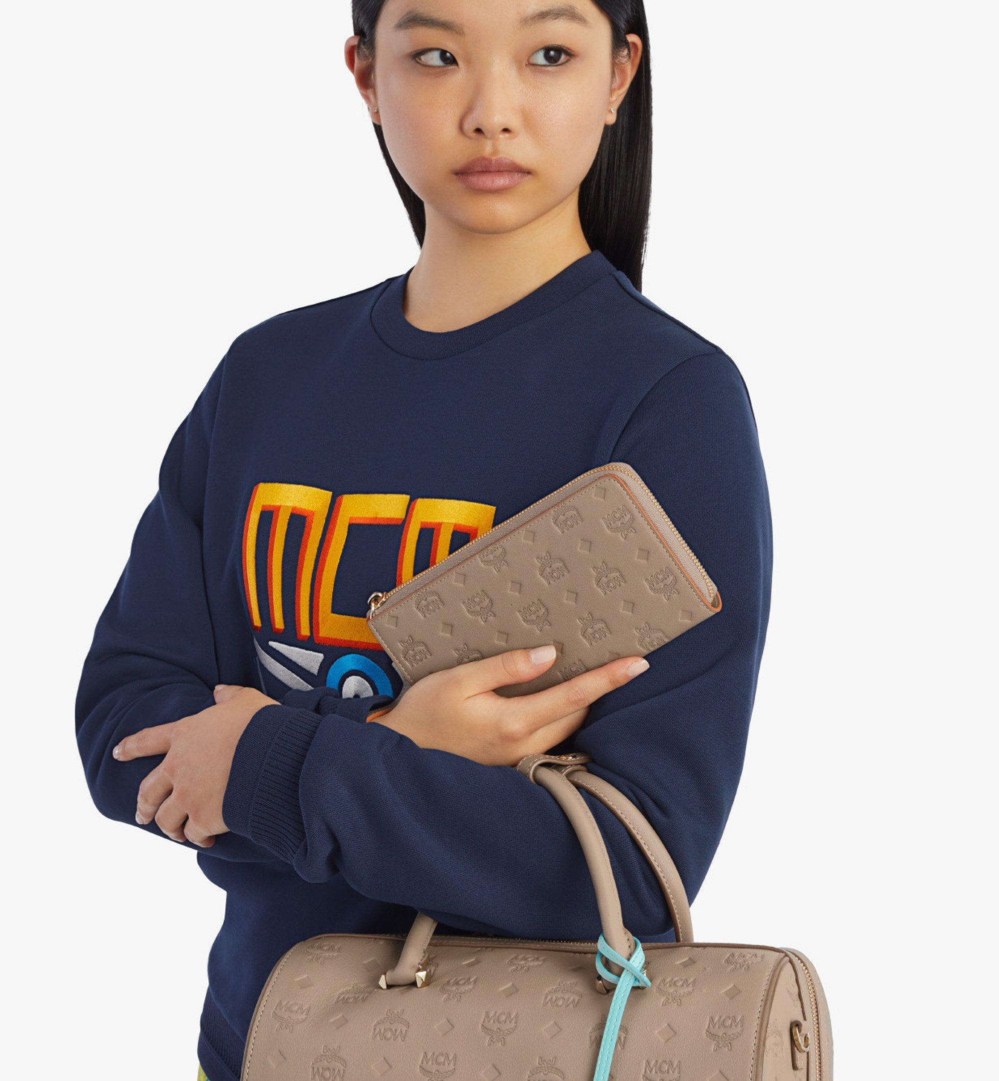 MCM Klara Brieftasche aus Leder mit Monogramm mit Rundum-Reissverschluss Grey MYLBSKM02NV001 Noch mehr sehen 2