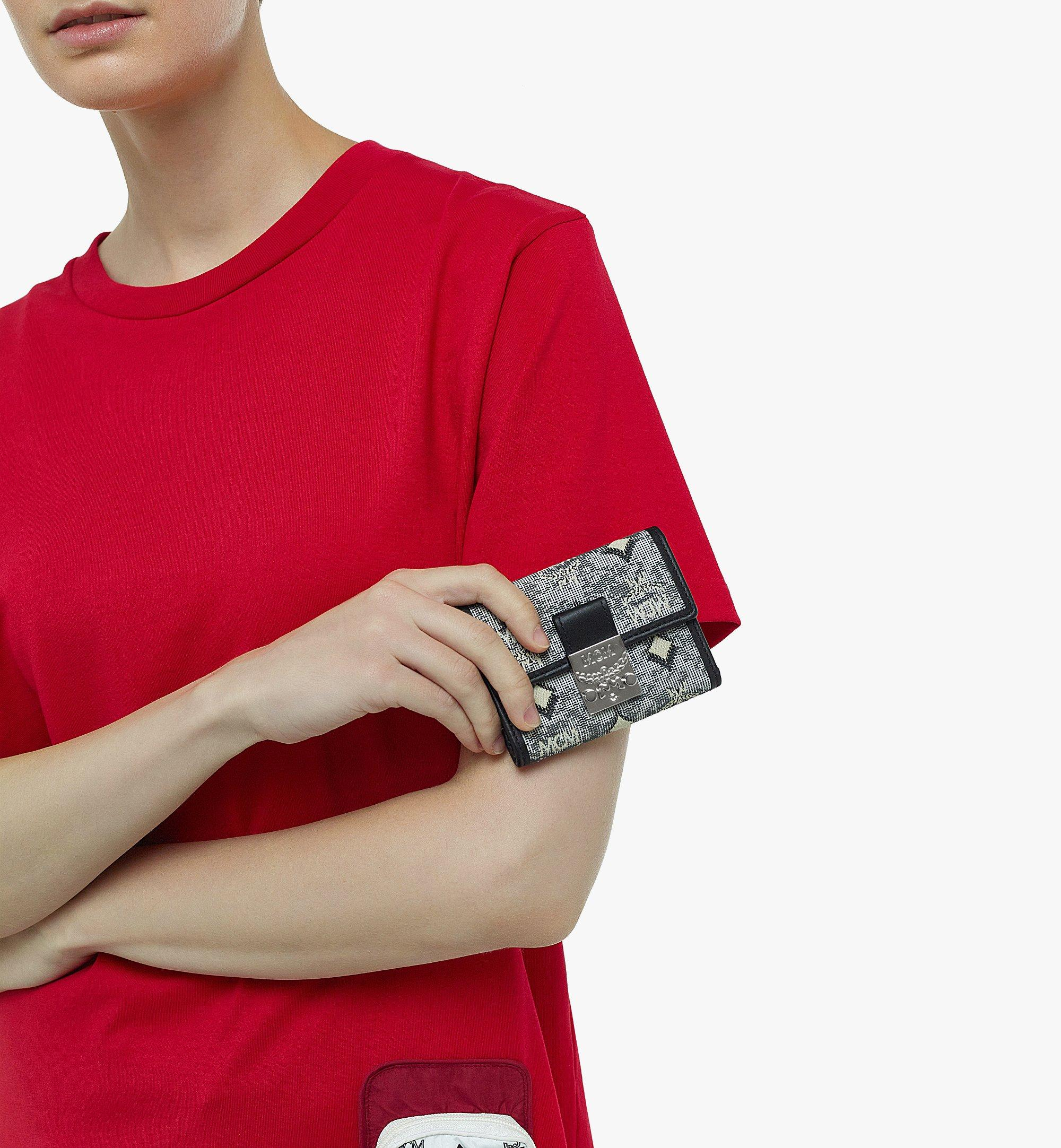 MCM Dreifach gefaltete Brieftasche aus Vintage-Jacquard mit Monogramm Grey MYSBATQ01EG001 Noch mehr sehen 2