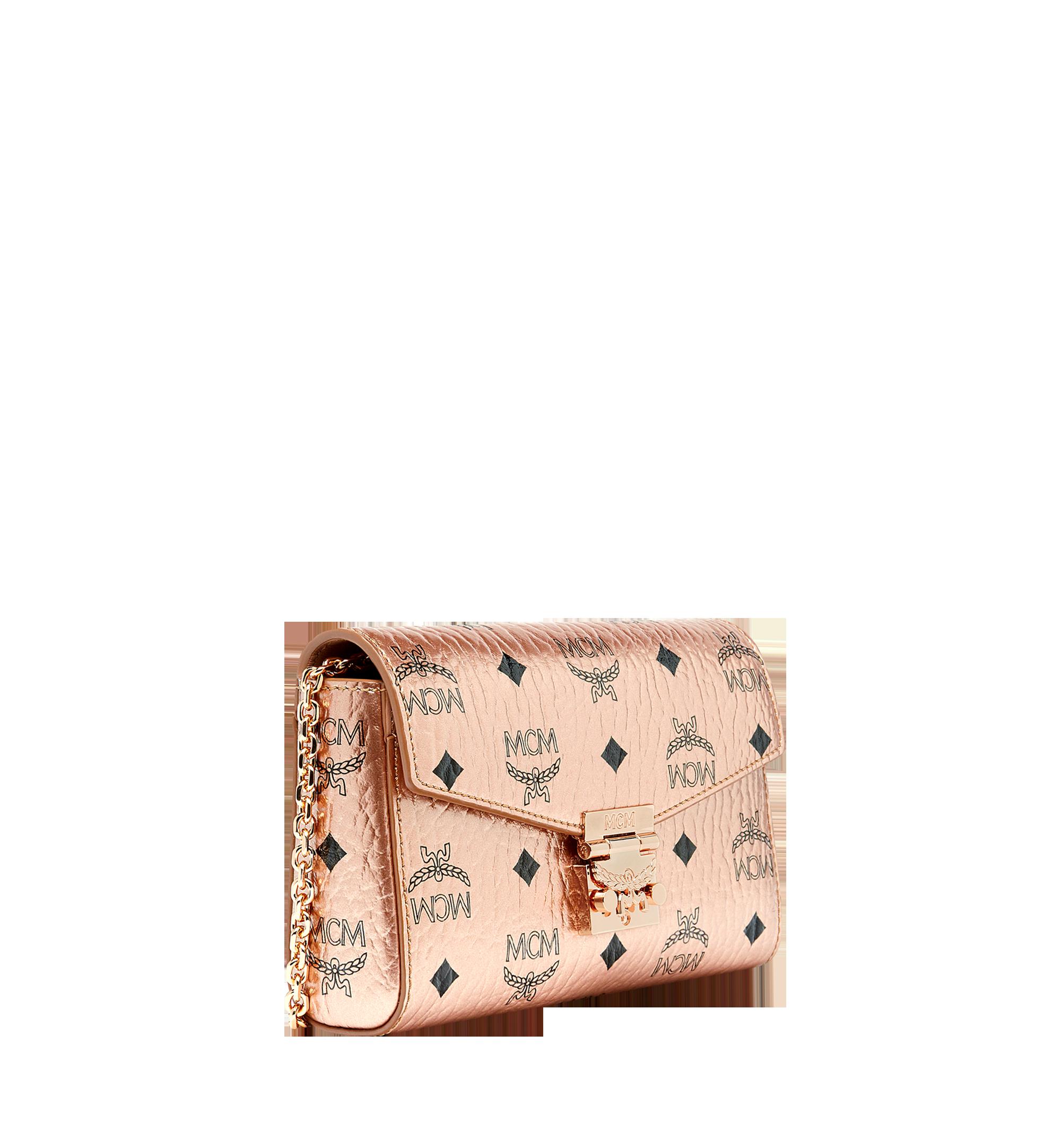 Small Millie Flap Crossbody Tasche in Visetos Champagne Gold